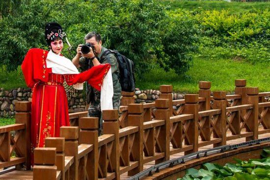 河南豫剧院国家一级演员现场表演