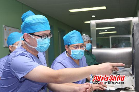 河南省人民医院脑血管介入手术直播首秀国际舞台